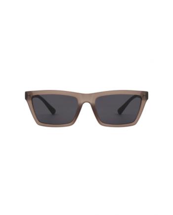 A.Kjaerbede unisex zonnebril model CLAY kleur mat grijs met grijze glazen AKsunnies bril